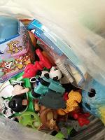 Отдается в дар Мешочек с мелкими игрушками