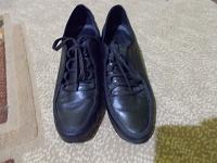 Отдается в дар Женские ботиночки