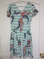 Отдается в дар Платье для девочки размер 42-44