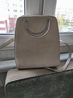 Отдается в дар Светлая женская сумка