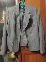 Отдается в дар пиджаки