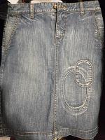 Отдается в дар Джинсовая юбка 44 размер