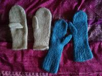 Отдается в дар Огромный пакет шапок, шарфов и платочков
