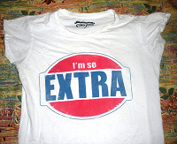 Отдается в дар футболка белая б/у