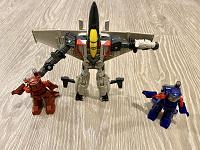 Отдается в дар Роботы-трансформеры