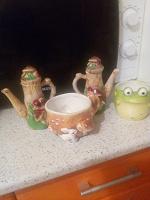 Отдается в дар Чашки и чайнички