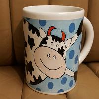 Отдается в дар Кружка с коровой, б/у