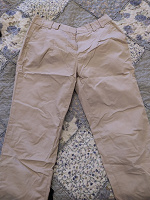 Отдается в дар бежевые женские брюки 44 Остин