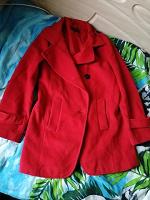 Отдается в дар Пальто темно красное