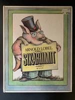 Отдается в дар Детская книга, комиксы, песенник и фильмы на финском языке