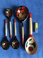 Отдается в дар русские народные деревянные ложки, матрешки и вазочки
