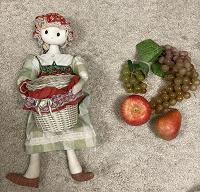 Отдается в дар Кукла тильда с корзинкой