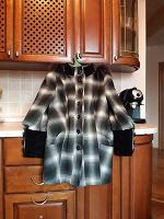 Отдается в дар Пальто женское 50 размер
