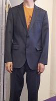 Отдается в дар Мужской костюм Hugo Boss 46 размер