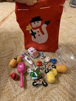 Отдается в дар Мешочек новогодний, маленькие игрушечки