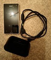 Телефон Sony Xperia acroS