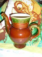 Отдается в дар Кувшин с носиком или чайник