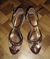 Отдается в дар Итальянские туфли, 37-38 р-р