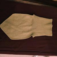Отдается в дар Манишка-шарфик для ребёнка