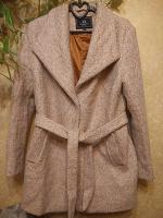 Отдается в дар Пальто женское, на 48-50