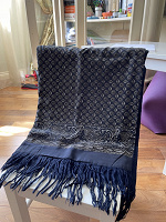 Отдается в дар Зимний шарф, темно синий