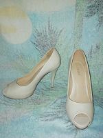 Отдается в дар Женские туфельки 36 размера Lili Mars