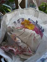 Отдается в дар Пакет детской одежды 0-1 года