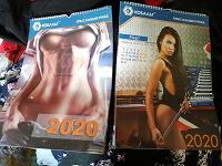 Отдается в дар Календари 2020 с девушками