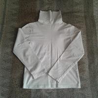 Отдается в дар водолазка белая для девочки рост 140-145 см.