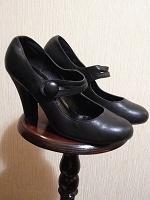 Отдается в дар Туфли натуральная кожа 39 размер.