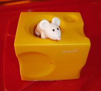 Отдается в дар Подставка под ручку Сыр с мышкой