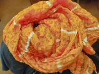 Отдается в дар оранжевый шарфик
