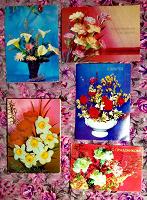 Отдается в дар Открытки с цветами, подписанные.