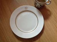 Отдается в дар Дулево тарелка большая