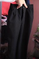 Отдается в дар школьные черные брюки