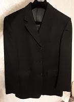 Отдается в дар Шикарный новый мужской пиджак 52 размер