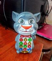 Отдается в дар Интерактивная игрушка «Телефон Том»