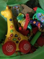 Отдается в дар Игрушки для мальчика до 3-х лет