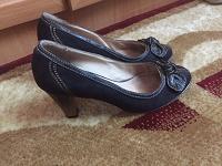 Отдается в дар Туфли на каблуках