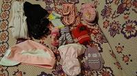 Отдается в дар Носочки, колготки, шапочка для малышей