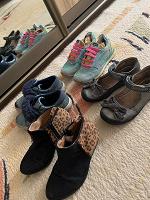 Отдается в дар Обувь на девочку 4-5 лет