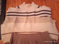 Отдается в дар небольшой пакет женской одежды 42-44 размер