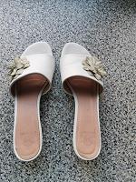 Отдается в дар Женская обувь 39р