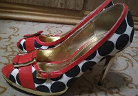 Отдается в дар туфли на 37 размер