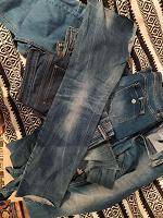 Отдается в дар Лоскуты джинсовые