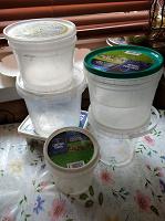 Отдается в дар Пластиковые емкости