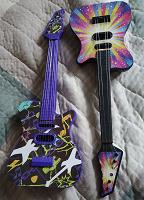 Отдается в дар Детские гитары