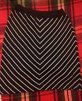 Отдается в дар Отличная шерстяная юбка.