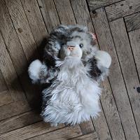 Отдается в дар мягкий котик, одевающийся на руку