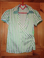 Отдается в дар женская блузка С&А р.44